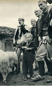 GM046: Shala tribesmen in or around Theth (Photo: Giuseppe Massani, 1940).