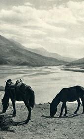 GM104: View of the Vjosa River near Tepelena (Photo: Giuseppe Massani, 1940).