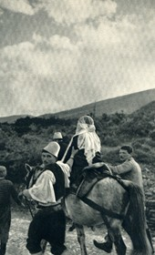 GM119: The bride and her attendants in a wedding procession near Tepelena (Photo: Giuseppe Massani, 1940).