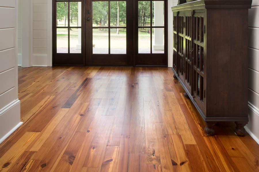 Pine Flooring Entryway