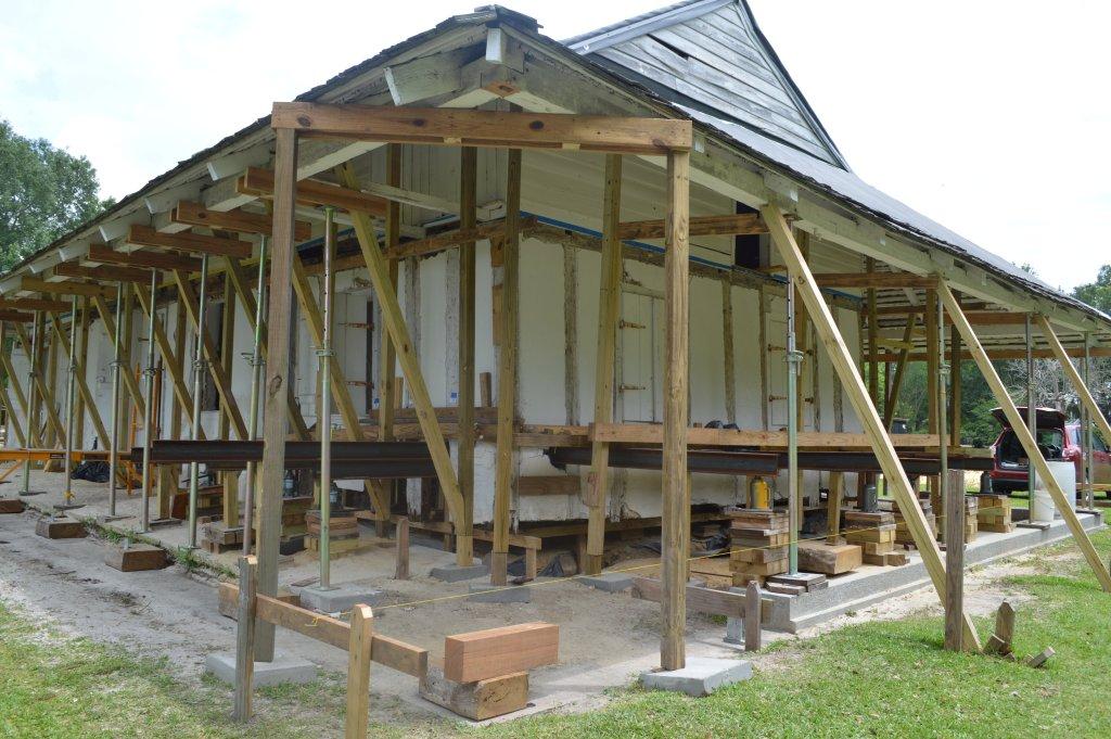 Historic Renovation: La Pointe Krebs House