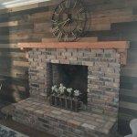 antique-heart-pine-mantel