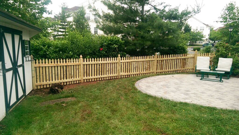 4' Gothic Picket Fence
