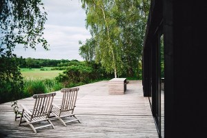 Prepping Your Deck for the Upcoming Summer