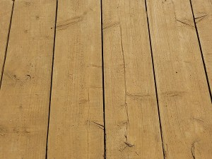 Color Pattern Recommendations for Wooden Decks