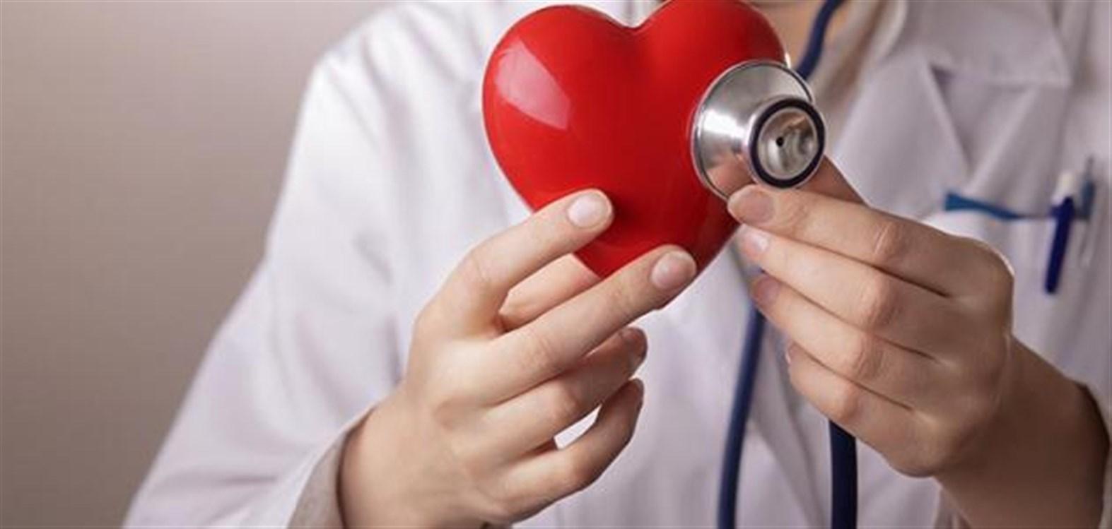 ما هي أسباب خفقان القلب قبل النوم؟ - البيان الصحي - حياة - البيان