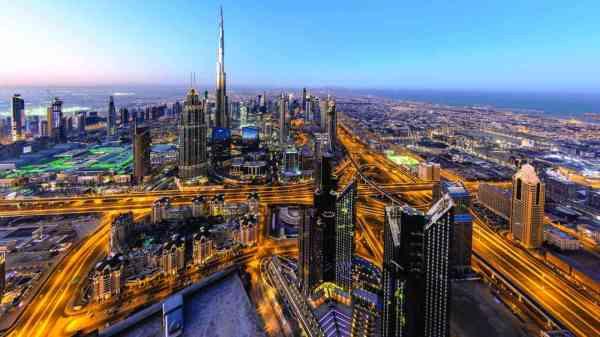 دبي تطور لوحة بيانات ذكية توضح وتيرة انتشار كورونا - عبر ...