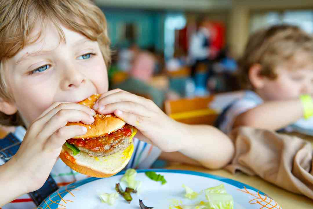 Where kids in Calgary can eat for free or cheap
