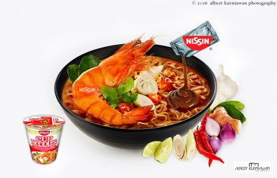 nissin-cup-noodle-tom-yum