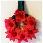 No-Sew Poinsettia Wreath
