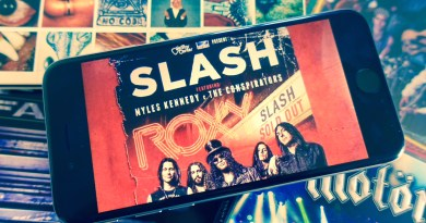 Slash - Live at the Roxy 9.25.14 (2015)