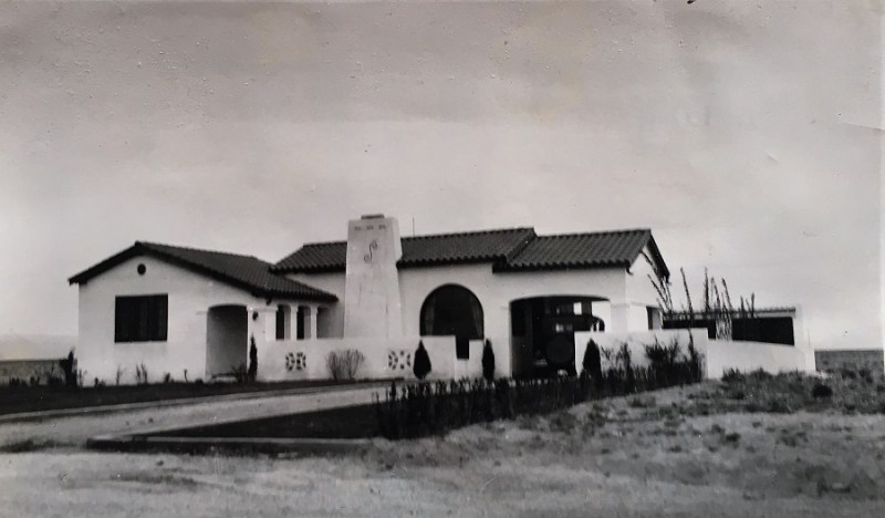 Old photo of house on Parkland Pl. in Albuquerque, NM