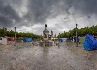 Madrugada en la Plaza de Cervantes y escenas del Mercado Cervantino 2015