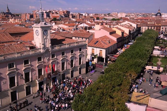 Vistas del Mercado Cervantino desde la Torre de Santa María
