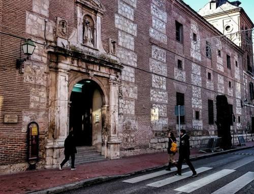Juzgados de Alcalá en la Calle Colegios
