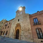 La fachada de San Ildefonso ya luce despejada