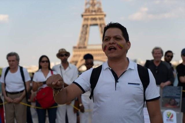 El activista político Gener Usuga denuncia intimidación por presuntos miembros de la DIJIN a su progenitora Ana Eva Carvajal, en Risaralda.