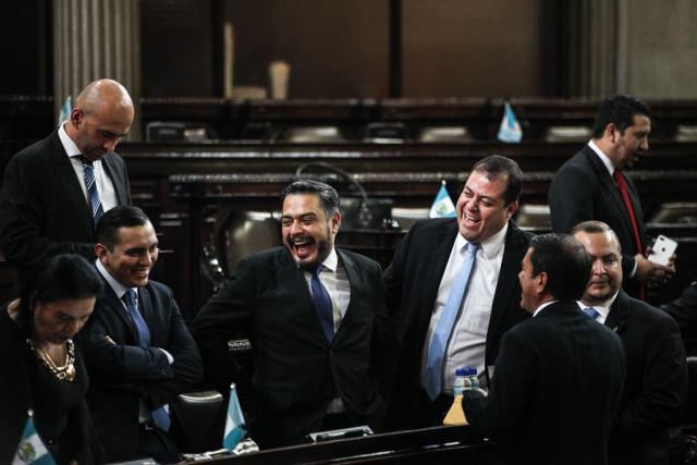 Guatemala, diputados torturan a un pueblo ya moribundo
