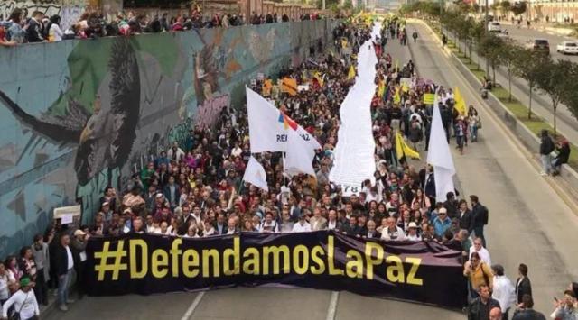 """""""La Canciller estigmatiza peligrosamente a los firmantes de paz"""": Defendamos la Paz"""