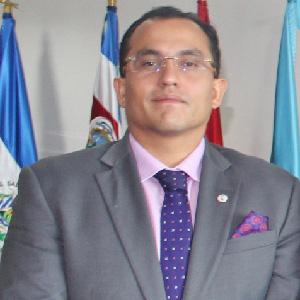 Oscar Imitola Madero