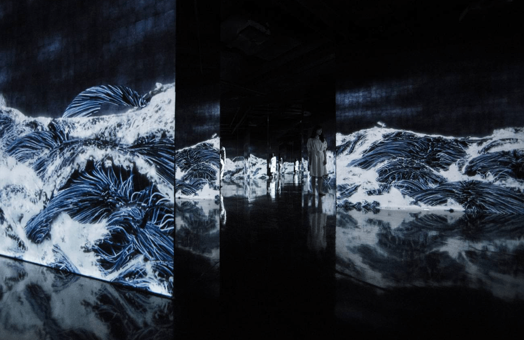 Black Waves: 埋もれ失いそして生まれる / Black Waves: Lost, Immersed and Rebornの画像