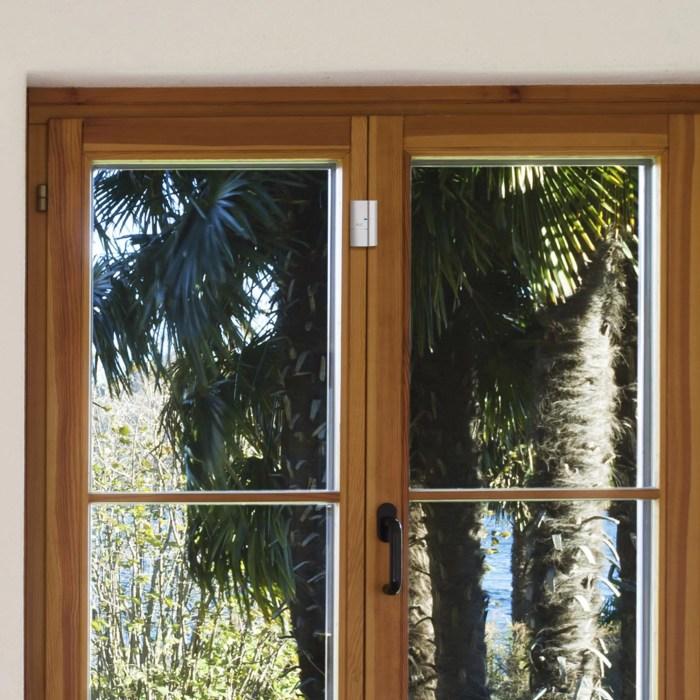 AV7 AHS612 Window Sensor lifestyle 3