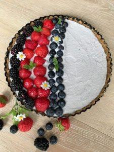 torta fredda con crema di yogurt