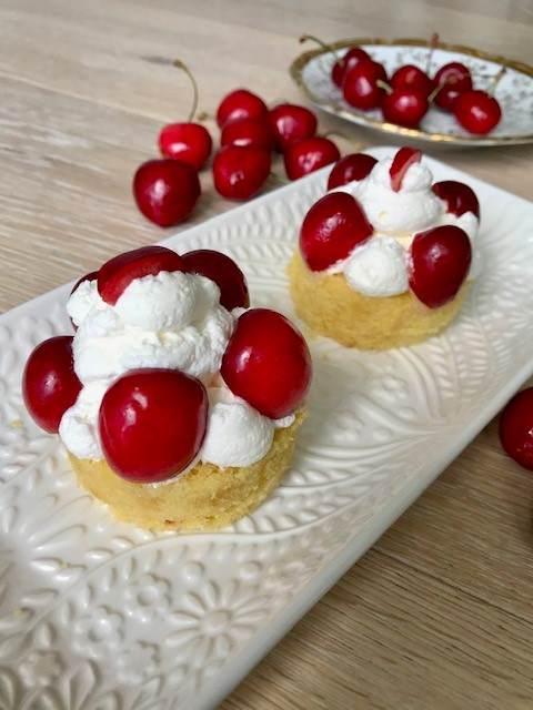 Mini tortine alle ciliegie