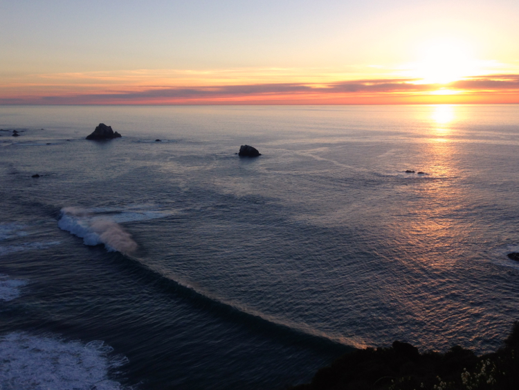 California Sunset on the pacific Ocean