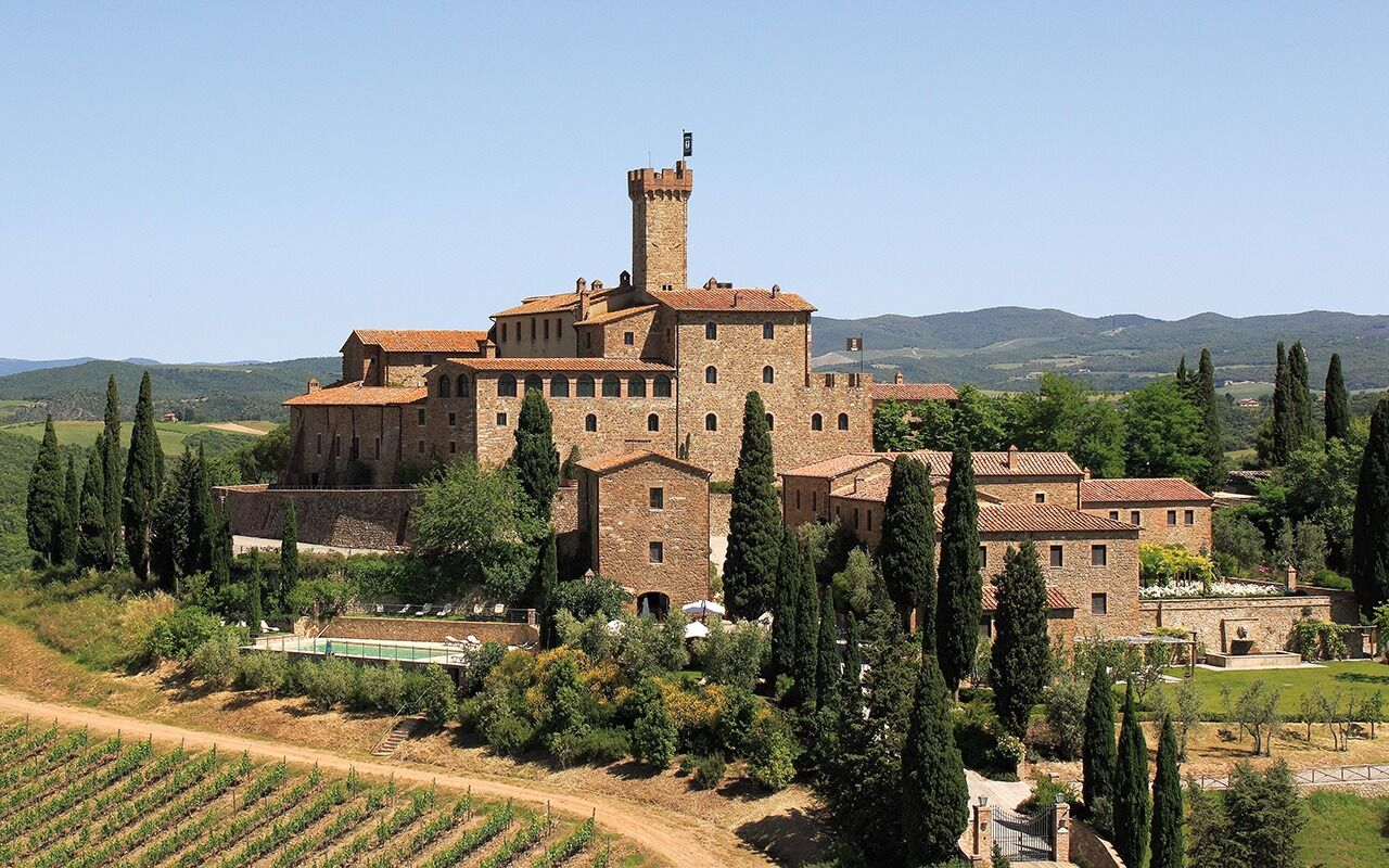 castello banfi il borgo, alec torelli, travel