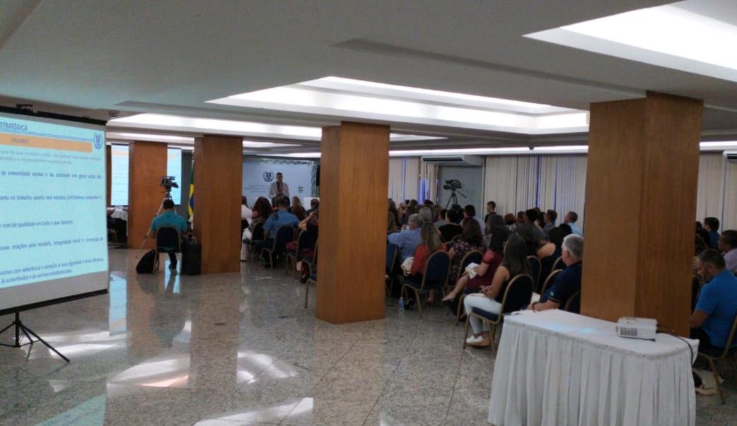 Diretor e Vice do IEEOA participaram da capacitação da escola Cívico- Militar em Brasília