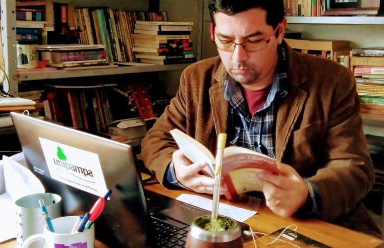 Anderson Pereira Côrrea: o professor que dedica-se a historiografia de Alegrete