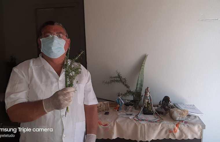 Depois de quase perder a visão, aposentado se dedica à benzedura em Alegrete