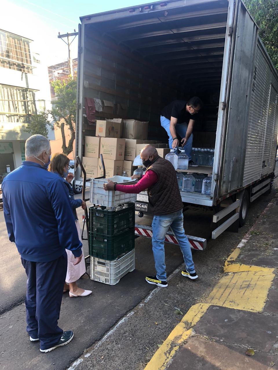 Escolas estaduais de Alegrete recebem EPIs obrigatórios para retorno presencial