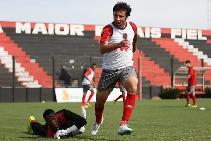 """Por onde anda o alegretense que atuou na """"Batalha dos Aflitos"""" pelo Grêmio"""