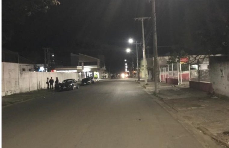 Projeto de iluminação pública em Led já chegou em vários bairros; 80% da cidade será contemplada com as luminárias