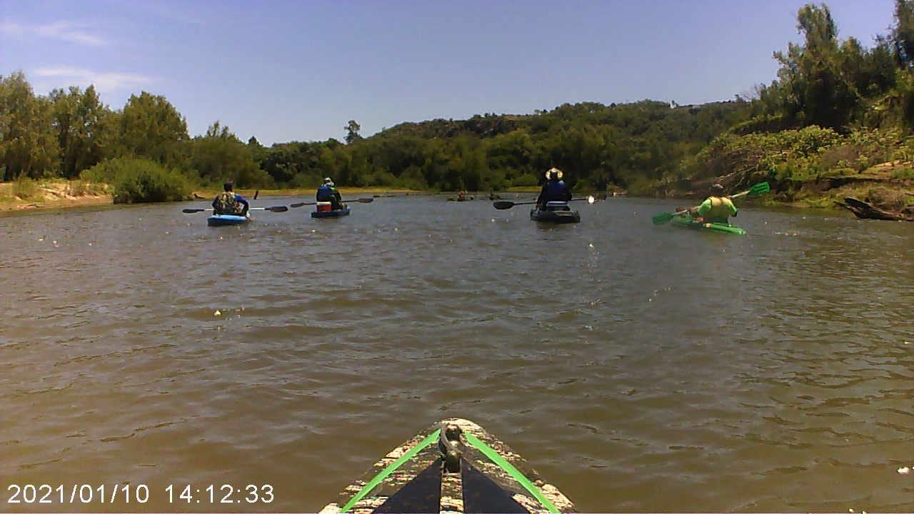Caiaqueiros desafiam descida de 30 km pelo Rio Ibirapuitã em Alegrete e prometem ações ambientais
