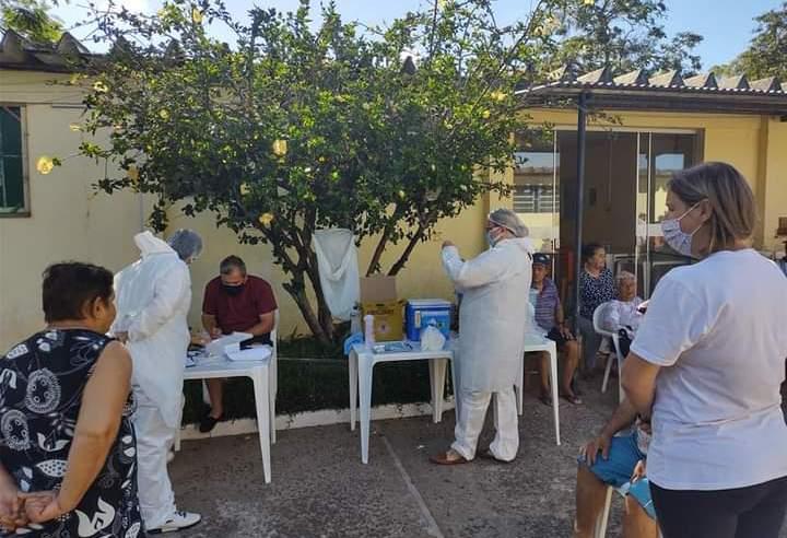 Aplicação das primeiras 850 doses da vacina Corovac encerra hoje; até agora nenhuma reação adversa