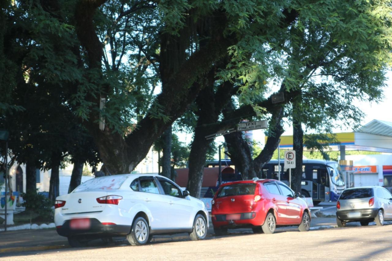 Prefeitura realiza vistoria nos táxis da cidade; confira o calendário