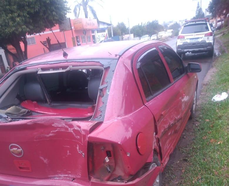 Idoso provoca acidente, no entroncamento da Ponte Borges de Medeiros, e foge do local