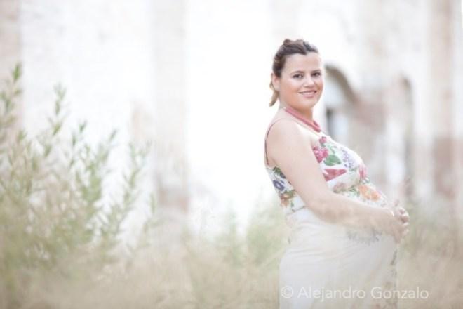 Reportaje de embarazo en exteriores de Granada
