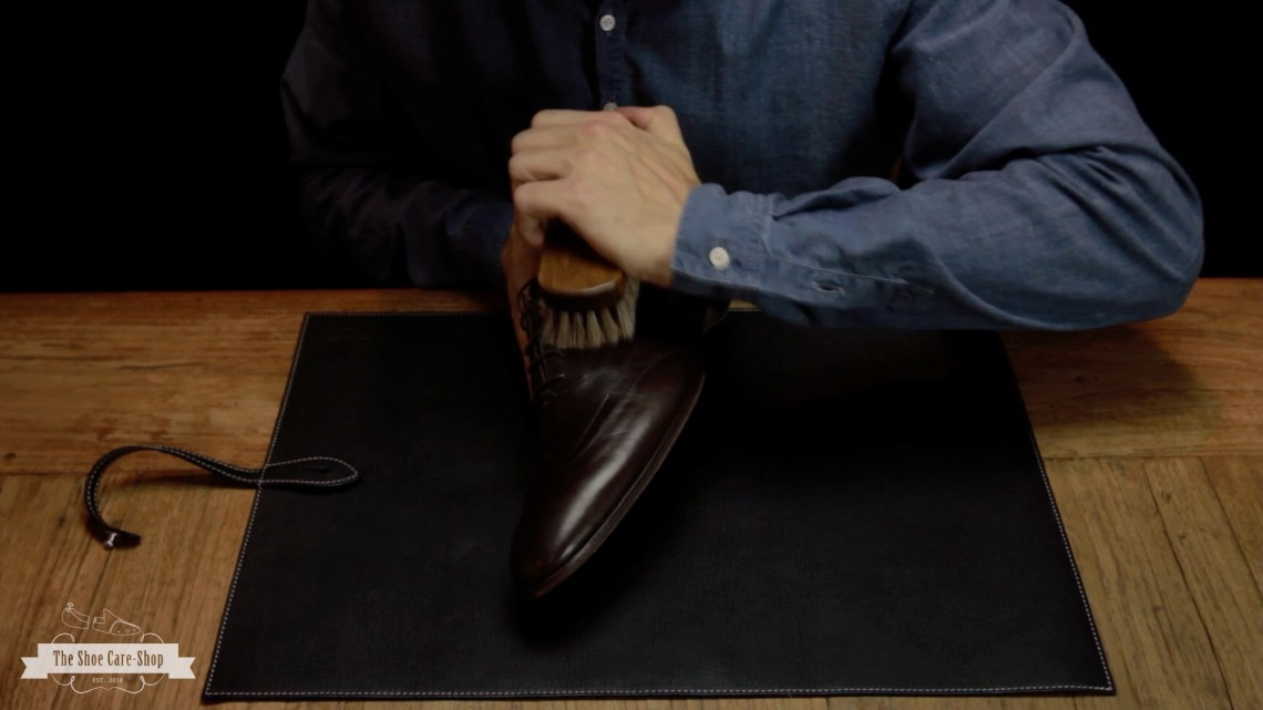 How to clean your smooth leather shoes