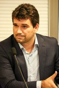 RISCO - Prefeito de Paudalho, Marcelo Gouveia reiterou preocupação com o abastecimento da comunidade sob sua jurisdição. Foto: Jarbas Araújo