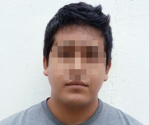 """Narcomenudista trató de evitar su detención a """"billetazos"""""""