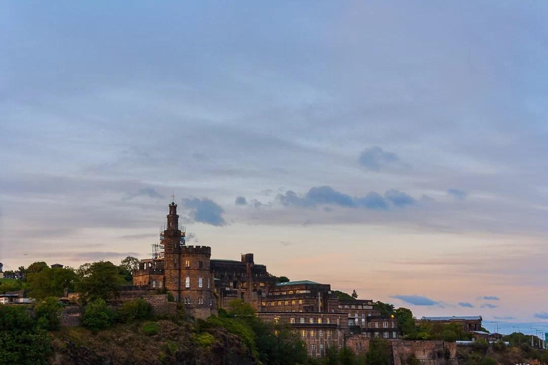 Scozia - Colori pastello sopra Edimburgo