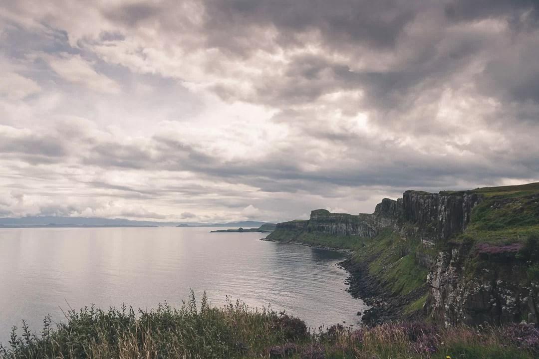 Scozia - Le scogliere gigantesche che costeggiano Kilt Rock