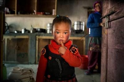 foto tour in Ladakh, bimba con la mamma