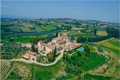 PANORAMIC VIEW CASTLE IN TUSCANY