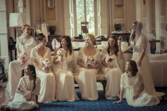 bride and bridesmaids (2)