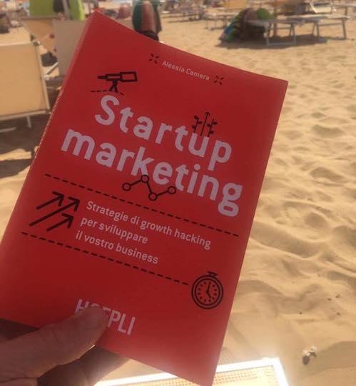 Startup Marketing Alessia Camera libro da spiaggia